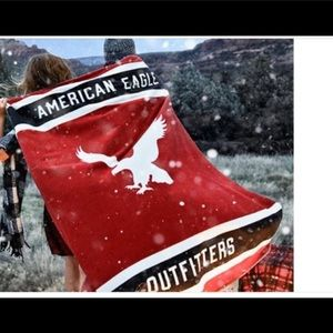 American Eagle Outfitters USA Color RED WHITE BLUE